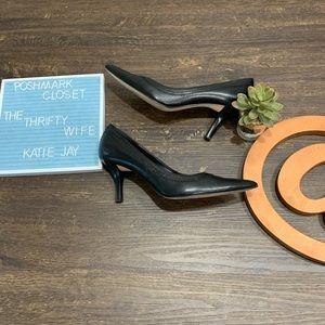 Joan & David Circa Black leather heels size 8